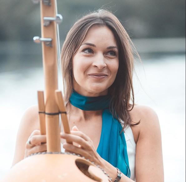 Gabrielle Ducomble yoga mantras